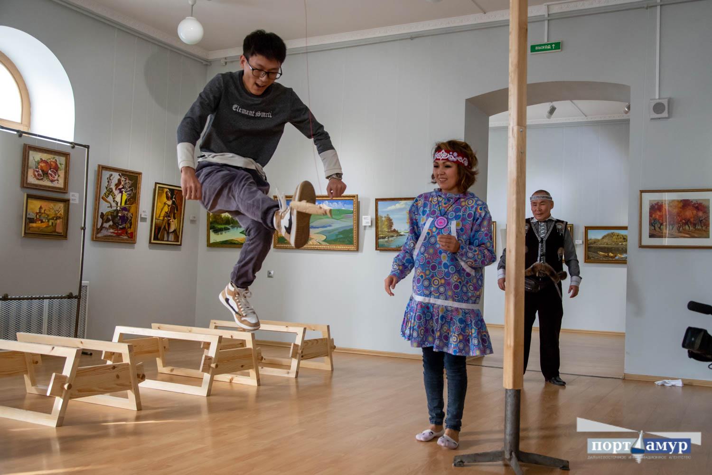 В областном музее Приамурья изгоняли злых духов