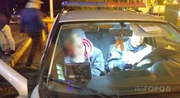 В Чебоксарах пьяного водителя задержали толпой