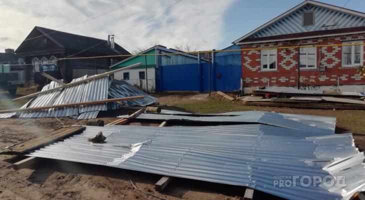 Мини-ураган унес крышу дома в Моргаушском районе