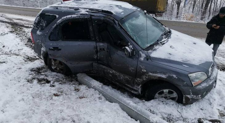 Водитель BlaBlaCar на летней резине повез людей и попал в ДТП