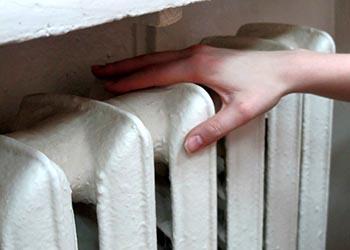 В амурском министерстве ЖКХ рассказали, куда обращаться, если отопление не появилось