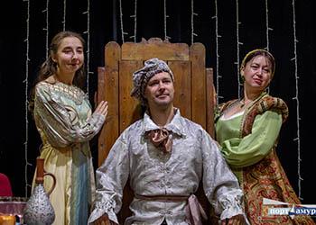 В Благовещенске прошёл шекспировский бал