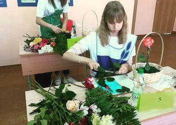 Дизайнеры, флористы и швеи из Приамурья покажут свои таланты в Москве