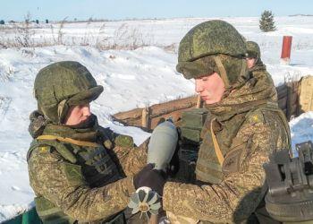 Курсантов ДВОКУ будут учить стрельбе из миномета