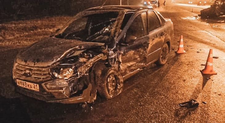 В Лапсарах в массовом ДТП пострадали 8 человек
