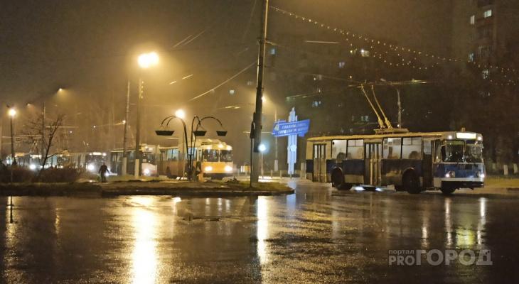В час пик в Новочебоксарске встали троллейбусы