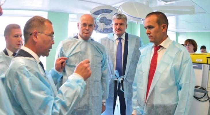 Проблему нехватки врачей в Чувашии будут решать за счет пожилых специалистов