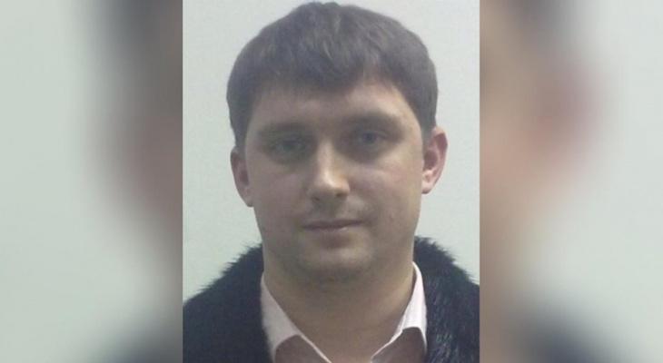 Криминального авторитета, который против воли удерживал людей в Чебоксарах, объявили в розыск