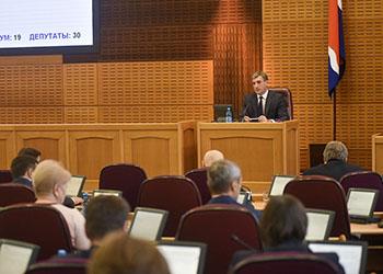 Глава Приамурья предложил увеличить финансирование на безопасность в учреждениях