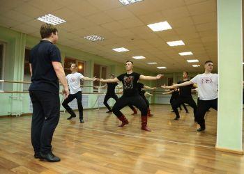 Известные хореографы ансамбля Игоря Моисеева провели мастер-классы в Благовещенске