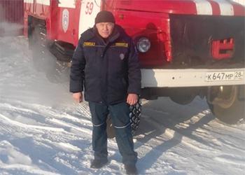 Водитель пожарного автомобиля спас троих детей в Константиновском районе