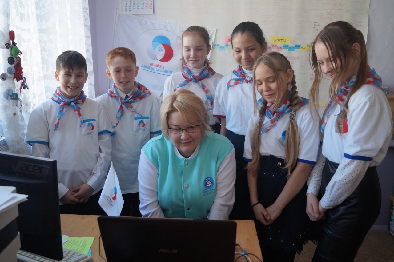 Куратор волонтерского отряда рассказала, на что потратят выигранные 300 000 рублей