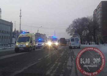Автомобиль полиции сбил пешехода в Благовещенске