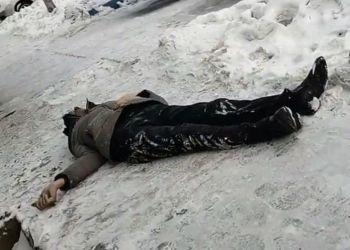 В Благовещенске мужчина умер прямо на улице
